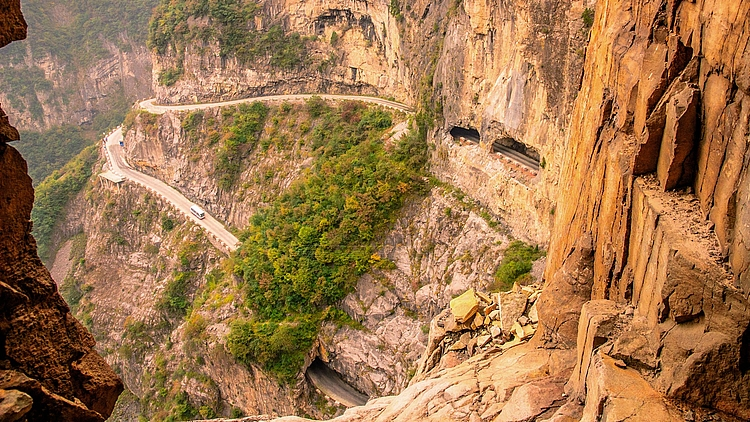 10 DANGEROUS ROADS NEW HEIGHTS FOR SAFE DRIVING - 9