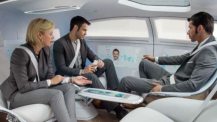 THE INTERIOR OF DRIVERLESS CARS 5 GAME-CHANGING BUSINESS MODELS - 5