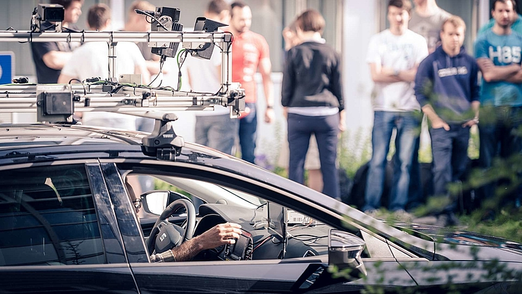 PLANS OF PIONEERS HOW STUDENTS SEE THE FUTURE OF DRIVERLESS CARS - 6